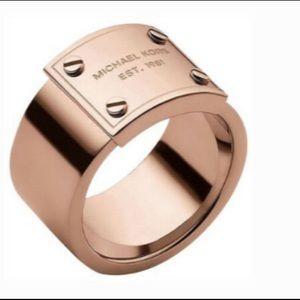 Michael Kors Logo Plate Ring- Rose Gold